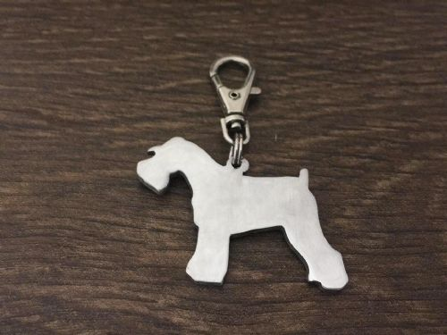 Minature schnauzer docked keyring 4.5cm handmade by saw piercing